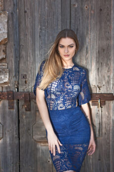 hera midi blue lace dress