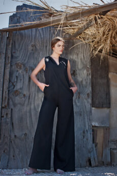 hera black loose jumpsuit