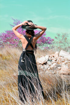 hera maxi black dress